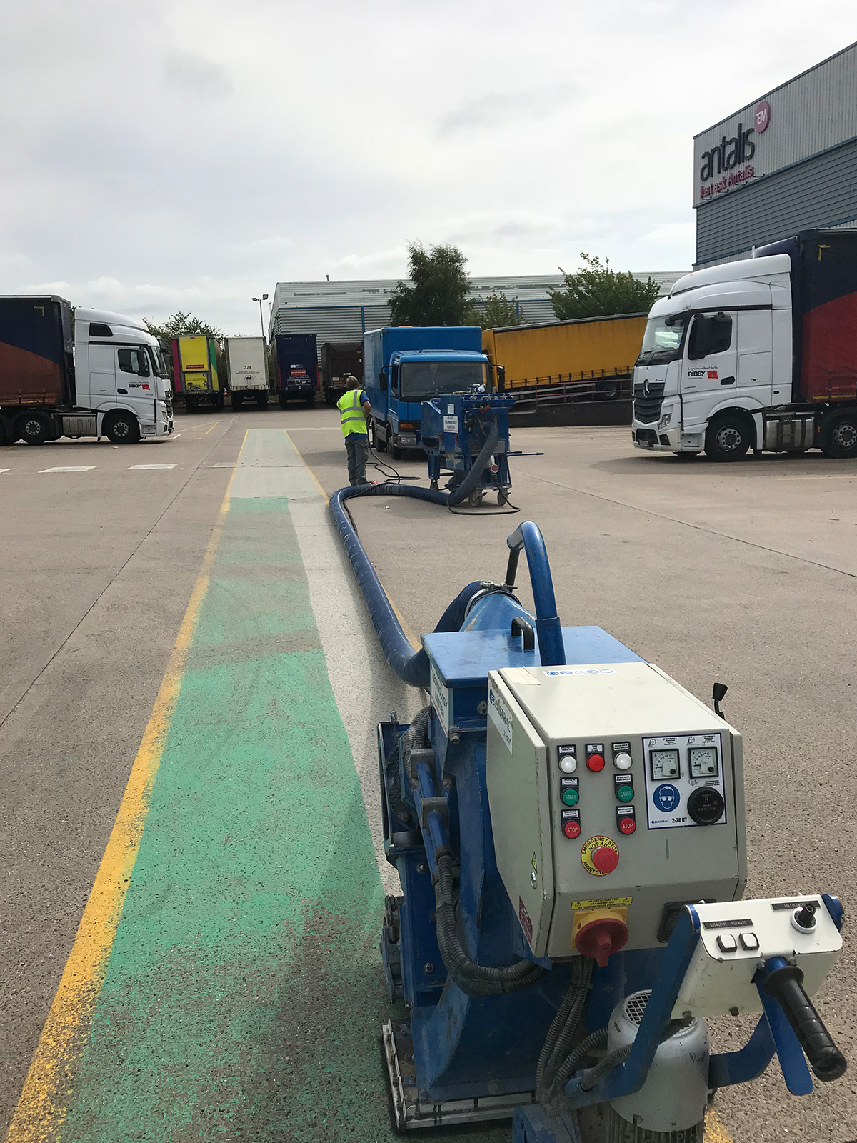 removing road markings paint from carpark